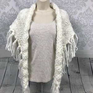NEW White Chunky Knit Shawl Wrap